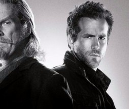 Jeff Bridges y Ryan Reynolds en RIPD