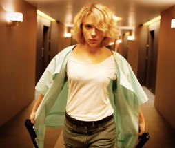 Luc Besson - Lucy