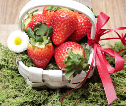 strawberries-2111130_1280